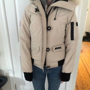 Canada Goose Jacket in XS in Sand